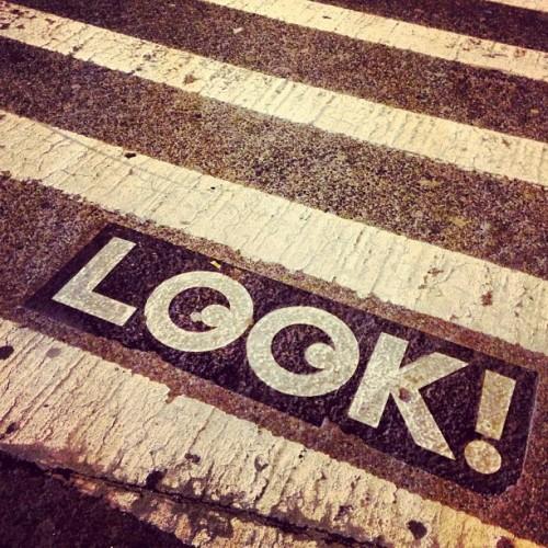 Look! by @pestoverde